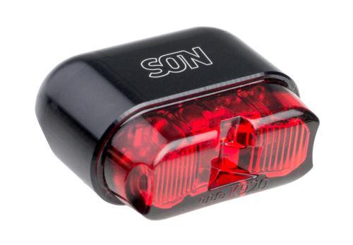 Dynamové zadní světlo SON s upevněním na trubku nosiče