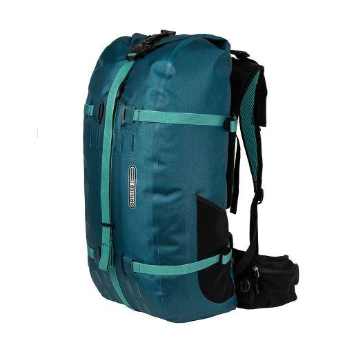 vodotěsný outdoorový batoh navržený pro ženy
