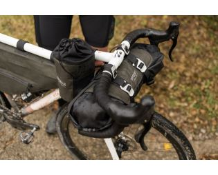 BROOKS Scape Feed Pouch - Mud Green